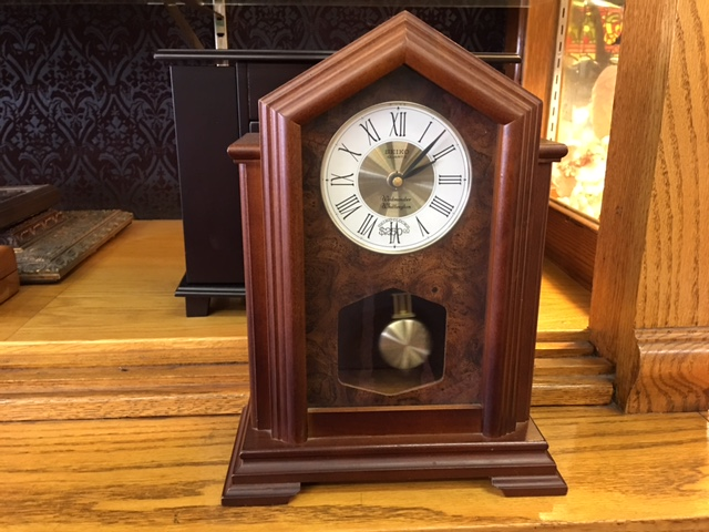 Seiko Quartz Mantel Clock
