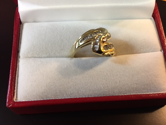 Ladies 14 kt. Yellow Gold Diamond Ring